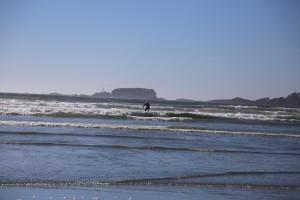 Marcus Surfing far